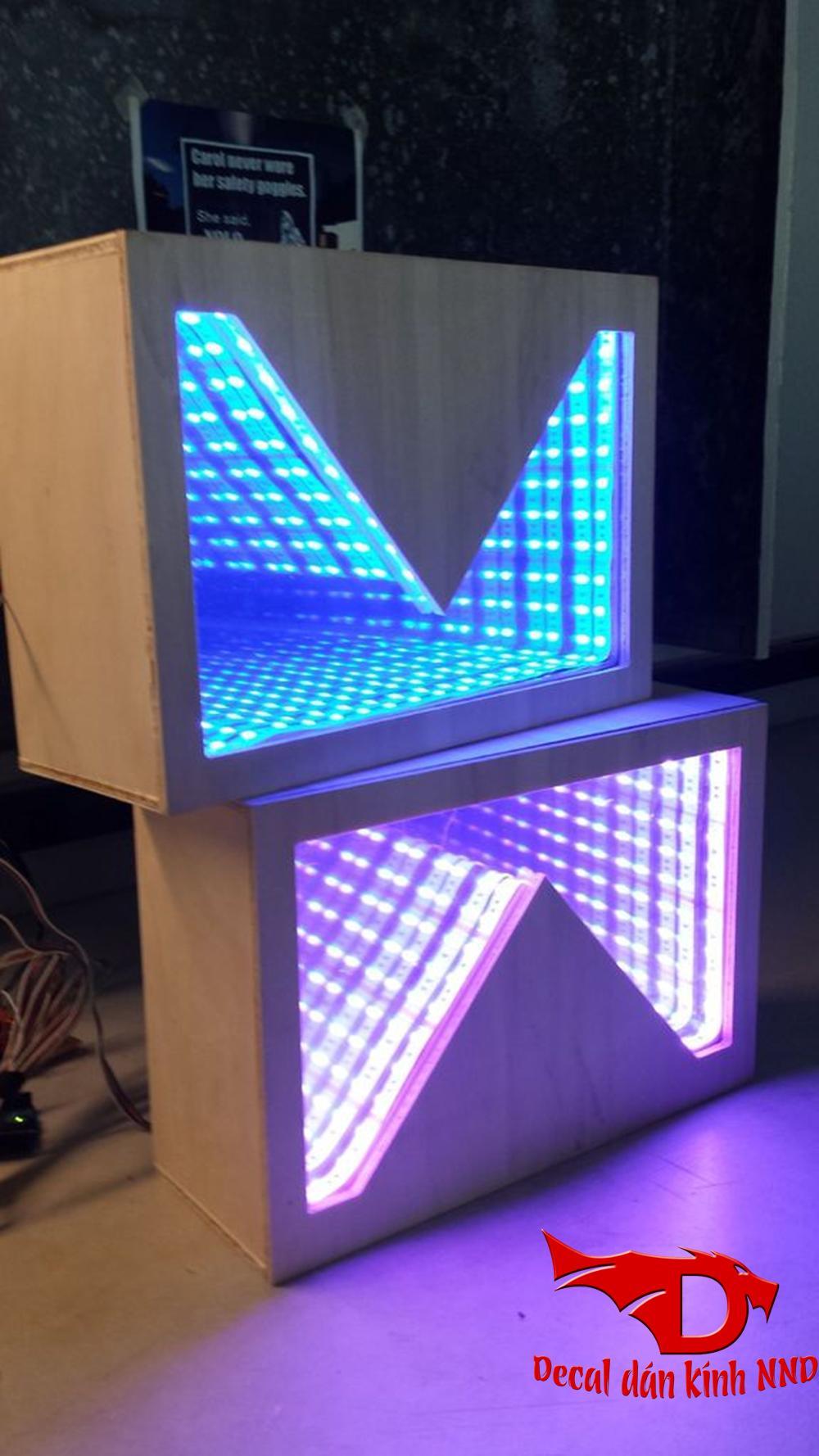 Đèn led 3D vô tận giành cho phòng hát