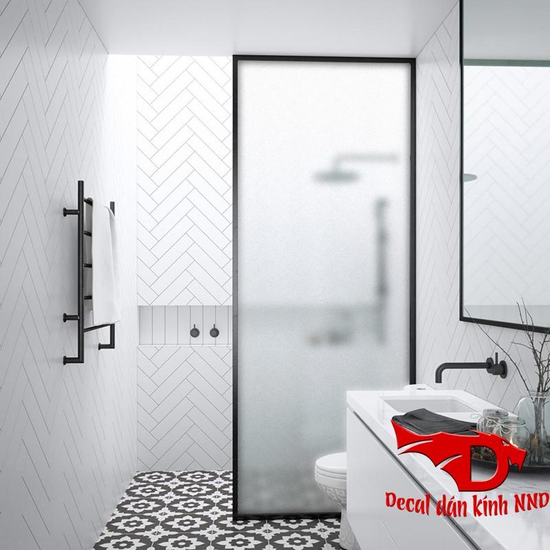 Sử dụng decal mờ trong cho phòng tắm kính