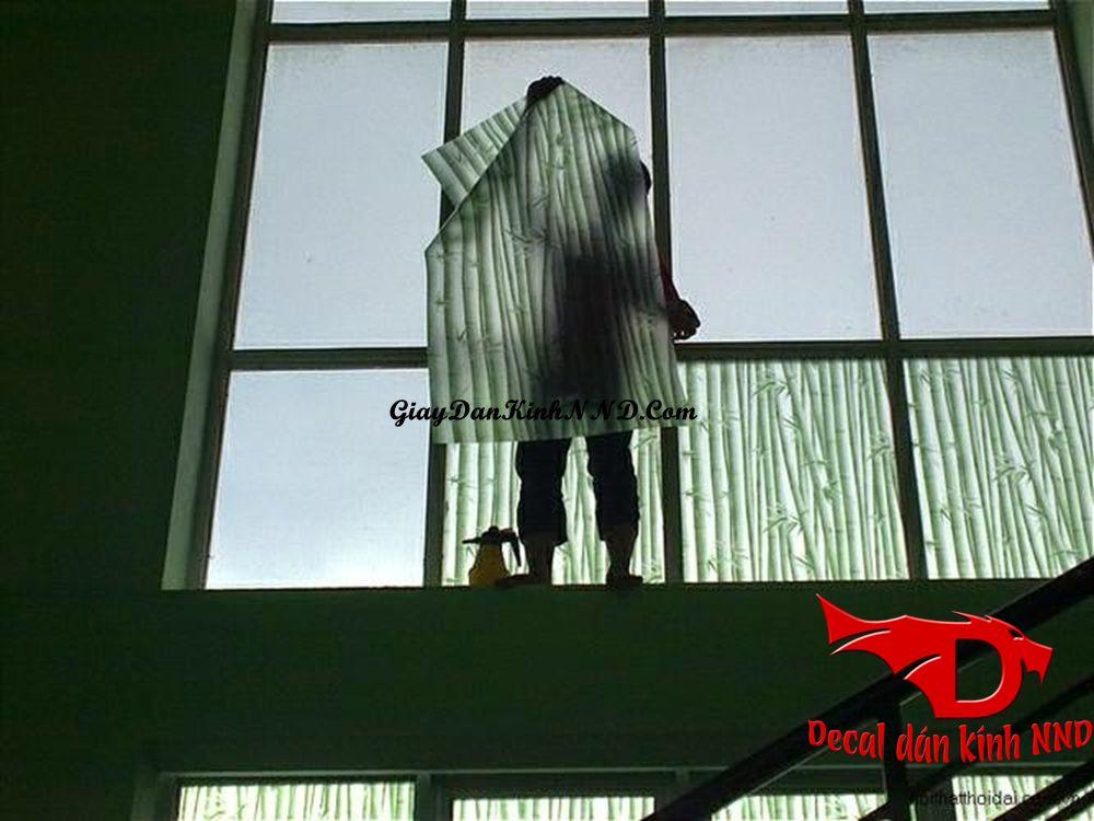 Quy trình đặt hàng dán decal kính tại quận Hoàn Kiếm